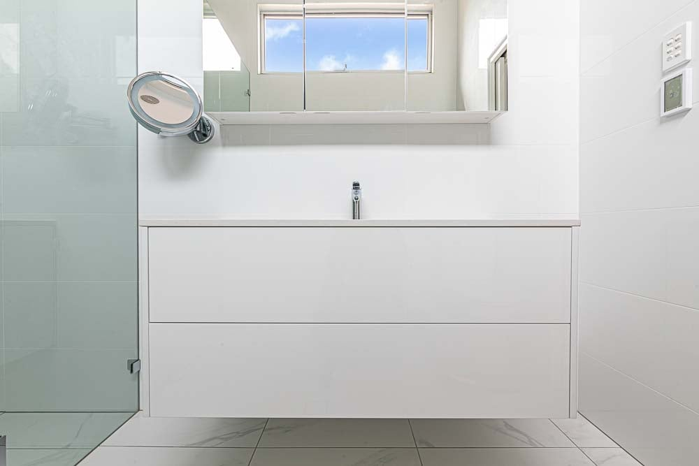 Trinity Gardens home renovation ensuite vanity